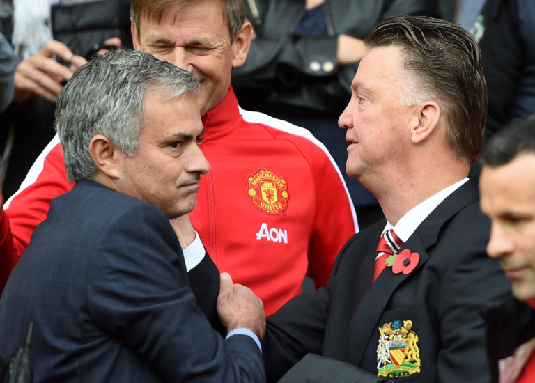 Soccer – Barclays Premier League – Manchester United v Chelsea – Old Trafford