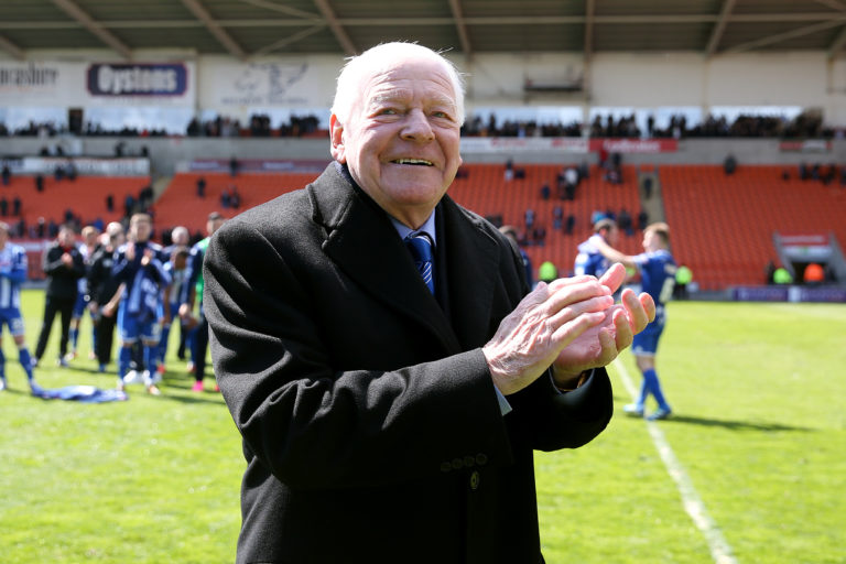 Former Wigan owner Dave Whelan has offered to help his old club
