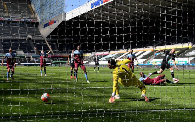 Shelvey scored Newcastle's second equaliser