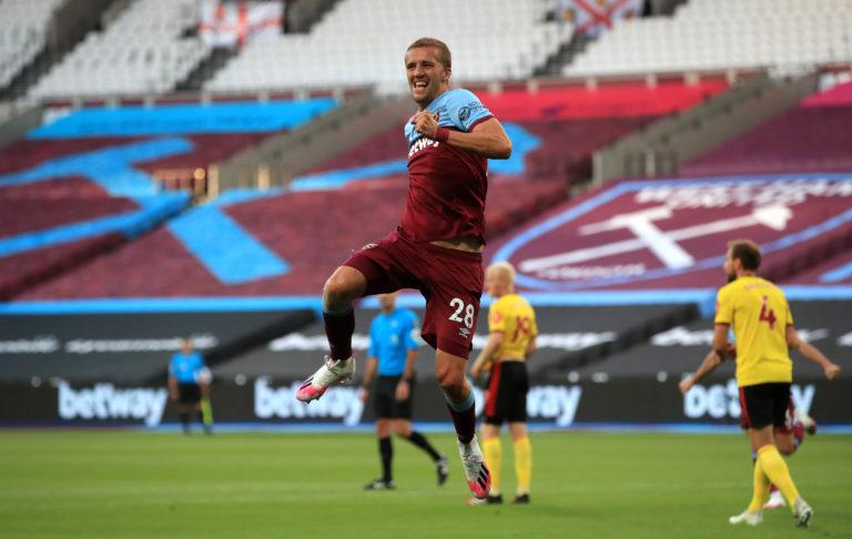 Tomas Soucek celebrates his goal